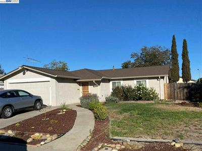 2179 BLUEBELL DR, LIVERMORE, CA 94551 - Photo 2