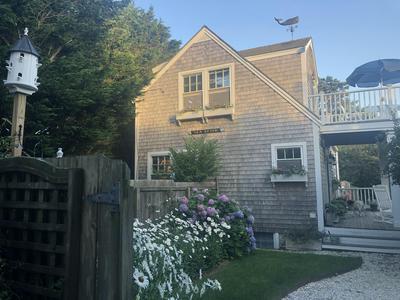 7 CROOKED LN # B, Nantucket, MA 02554 - Photo 1