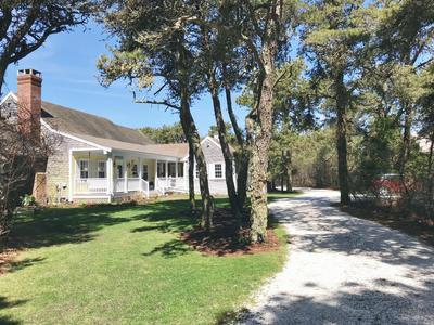 16 GLADLANDS AVE, Nantucket, MA 02554 - Photo 1