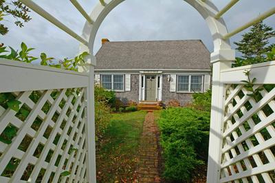 26 PILGRIM RD, Nantucket, MA 02554 - Photo 2