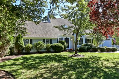 63 COURT ST, Chatham, MA 02650 - Photo 1