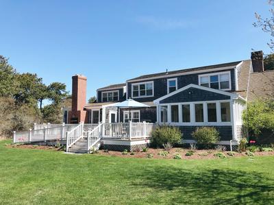 16 GLADLANDS AVE, Nantucket, MA 02554 - Photo 2