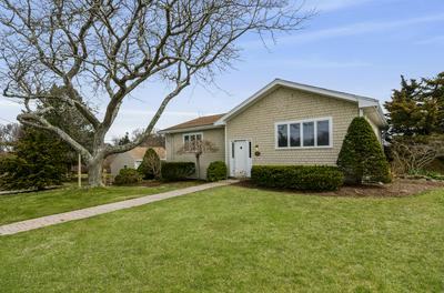 199 HARBOR POINT RD, Barnstable, MA 02637 - Photo 2