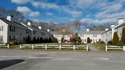 272 CRAIGVILLE BEACH RD APT 15, Barnstable, MA 02601 - Photo 2