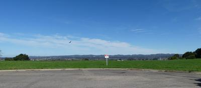 1321 E HICKORY AVE, LOMPOC, CA 93436 - Photo 2