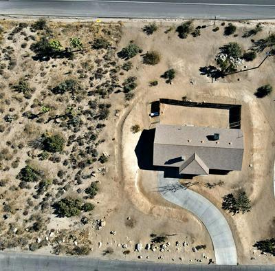 5729 BUENA SUERTE RD, Yucca Valley, CA 92284 - Photo 2