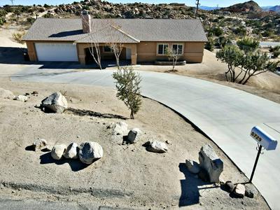 5729 BUENA SUERTE RD, Yucca Valley, CA 92284 - Photo 1
