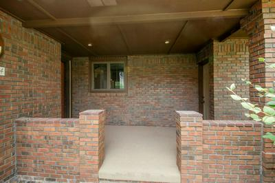 524 SW 6TH STREET, ALTOONA, IA 50009 - Photo 2