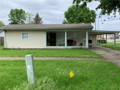 114 W WASHINGTON ST, ARCOLA, IL 61910 - Photo 1