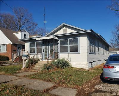 908 W MAIN ST, Hoopeston, IL 60942 - Photo 1