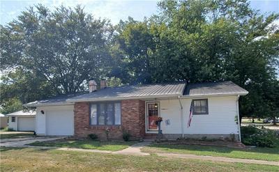 700 W SOUTH 3RD ST, Shelbyville, IL 62565 - Photo 1