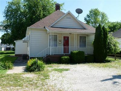 314 PENNSYLVANIA AVE, Westville, IL 61883 - Photo 1