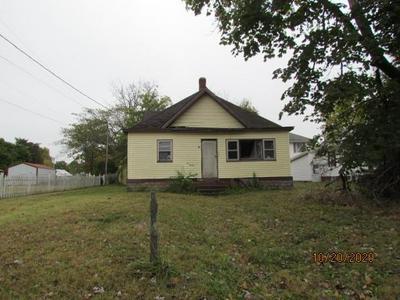 1420 12TH ST, Lawrenceville, IL 62439 - Photo 1