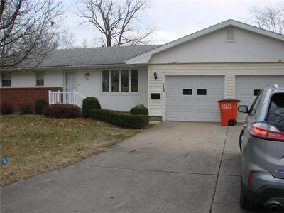 1004 S WASHINGTON ST, Sullivan, IL 61951 - Photo 1