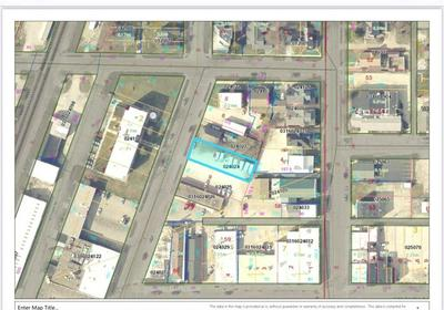 214 N BANKER ST, Effingham, IL 62401 - Photo 1