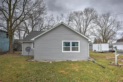 520 N MCCLELLAN ST, SULLIVAN, IL 61951 - Photo 2