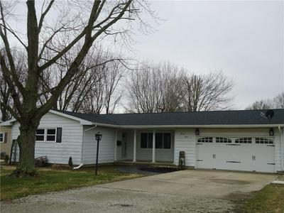 1112 N LONG ST, SHELBYVILLE, IL 62565 - Photo 1