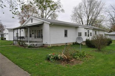 303 N 10TH ST, Marshall, IL 62441 - Photo 2