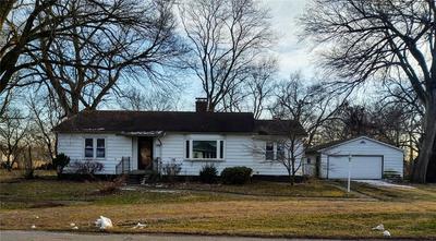 609 W STATE ST, Lovington, IL 61937 - Photo 1