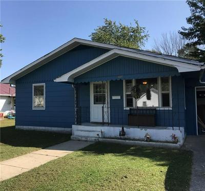 407 N EDWARDS ST, Altamont, IL 62411 - Photo 1