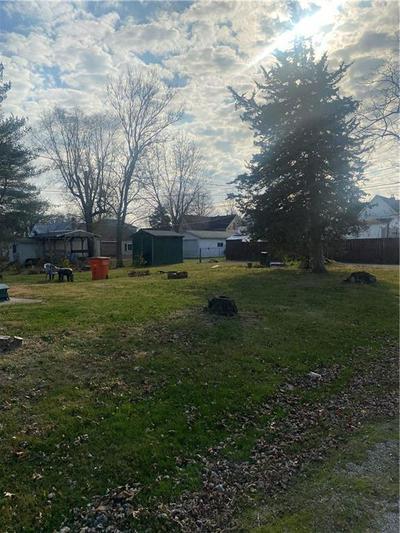 611 W RICHLAND AVE, Effingham, IL 62401 - Photo 2
