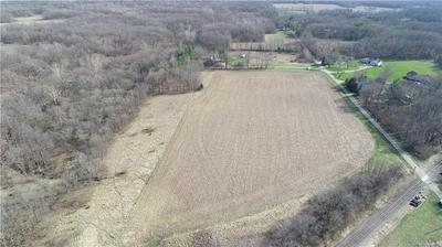 COUNTY ROAD 1700 N, OAKLAND, IL 61943 - Photo 2