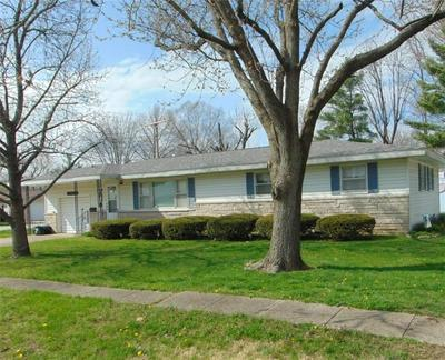 401 ORCHARD DR, NEWTON, IL 62448 - Photo 1