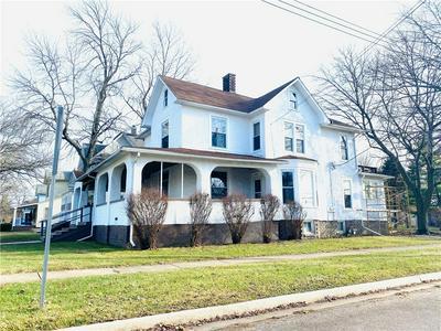 403 E MAPLE ST, Hoopeston, IL 60942 - Photo 2