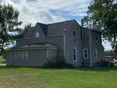 21470 E COUNTY ROAD 100N, Casey, IL 62420 - Photo 1