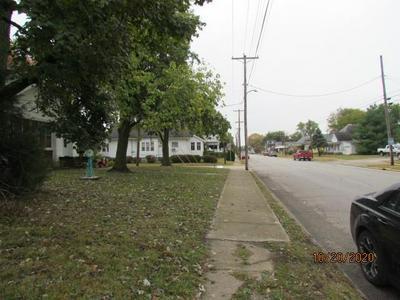 1420 12TH ST, Lawrenceville, IL 62439 - Photo 2