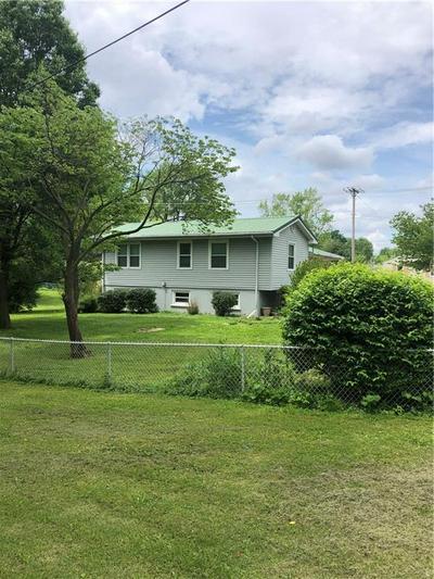 204 WHITTIER ST, Georgetown, IL 61846 - Photo 2