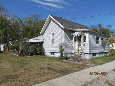 1509 8TH ST, Lawrenceville, IL 62439 - Photo 1