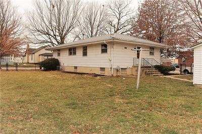 103 WASHINGTON AVE, Westville, IL 61883 - Photo 2