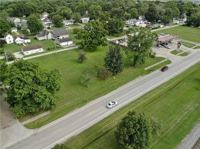 890 OAK AVE, Neoga, IL 62447 - Photo 2