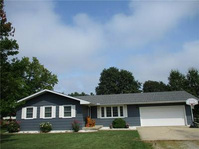 901 W NORTH 14TH ST, Shelbyville, IL 62565 - Photo 1