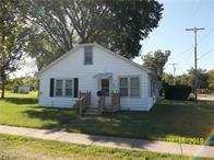 624 W SOUTH 9TH ST, SHELBYVILLE, IL 62565 - Photo 1