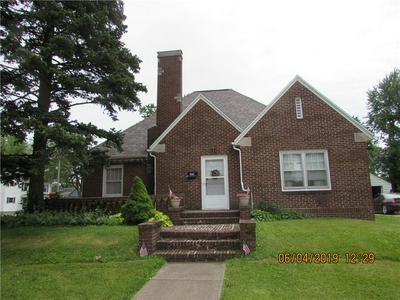 301 W PINE ST, Robinson, IL 62454 - Photo 1