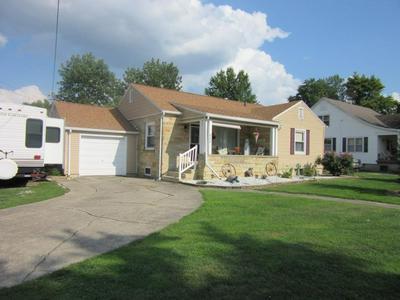 802 S HOWARD ST, Robinson, IL 62454 - Photo 1