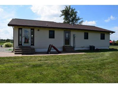 401 W TEXAS ST, Oblong, IL 62449 - Photo 2