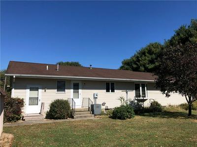 708 W GRANT AVE, Altamont, IL 62411 - Photo 2