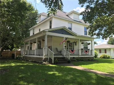 202 N 2ND ST, Marshall, IL 62441 - Photo 1