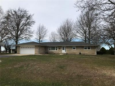 768 W 8TH ST, NEOGA, IL 62447 - Photo 2