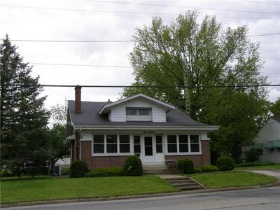 415 E JACKSON ST, Sullivan, IL 61951 - Photo 1