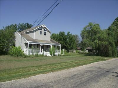 408 S VINE ST, Stewardson, IL 62463 - Photo 1