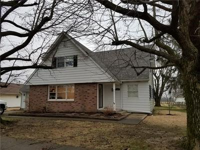 1207 N MICHIGAN AVE, MARSHALL, IL 62441 - Photo 1