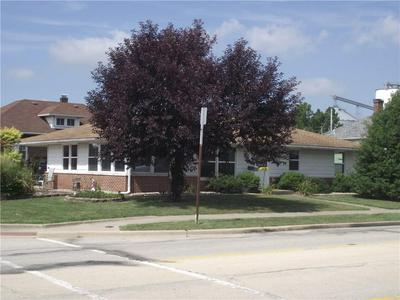 501 N 3RD ST, Effingham, IL 62401 - Photo 1