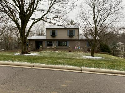9541 WAXWING DR, Blue Ash, OH 45241 - Photo 2