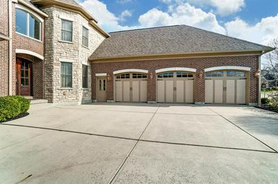 5130 EMERALD VIEW DR, Hamilton Twp, OH 45039 - Photo 2