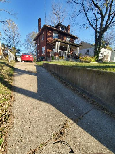 5828 ARGUS RD, Cincinnati, OH 45224 - Photo 2