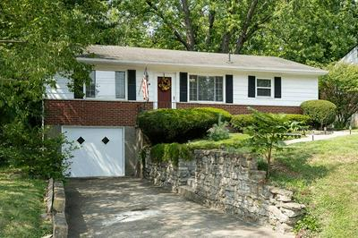 7209 LONGFIELD DR, Madeira, OH 45243 - Photo 2